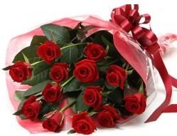 Bursa çiçek ucuz çiçek gönder  10 adet kipkirmizi güllerden buket tanzimi