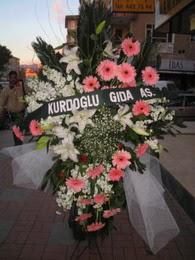 kazablanka,gerbera,sebboy ferforje  Bursaya çiçek siparişi
