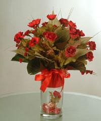 yapay güllerden vazo  9 gül  Bursa çiçek yollama çiçek satışı