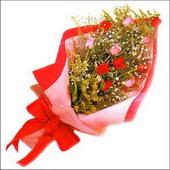 12 adet renkli  gül buketi   Bursaya çiçek siparişi