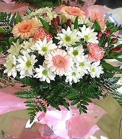 Çiçekçi Bursa  karma büyük ve gösterisli mevsim demeti