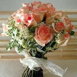 12 adet sonya gül buketi    online bursa çiçek siparişi