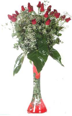 Bursa çiçek yollama çiçek satışı  19 ADET GÜL VE FIL CAM AYAGI