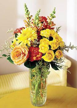Bursa çiçek gönder  mika yada cam içerisinde karisik mevsim çiçekleri