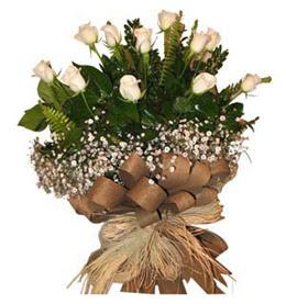 Bursaya çiçek yolla  9 adet beyaz gül buketi