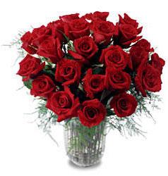 Bursa cicekci bursaya çiçek yolla  11 adet kirmizi gül cam yada mika vazo içerisinde