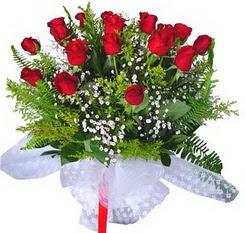 bursa çiçekçiler çiçek satışı  12 adet kirmizi gül buketi esssiz görsellik