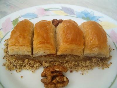 online pastane Essiz lezzette 1 kilo cevizli baklava  Bursa online çiçekçi