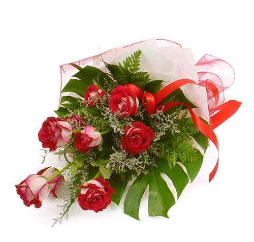 çiçek gönder 7 adet kirmizi gül buketi  Bursa çiçek gönderme merkezi