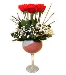 Bursa çiçek yolla çiçek , çiçekçi , çiçekçilik  cam kadeh içinde 7 adet kirmizi gül çiçek