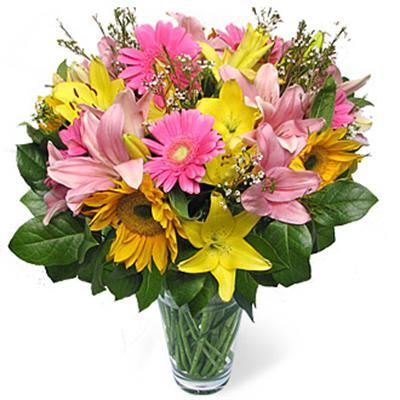 karisik mevsim çiçeklerinden çiçek tanzimi