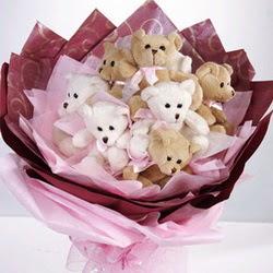 9 adet ayiciktan buket  Bursa çiçek çiçekçi