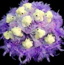11 adet pelus ayicik buketi  Bursa çiçek gönderimi