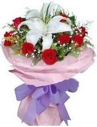 9 adet kirmizi gül 1 adet kazablanka buketi  Bursaya çiçek siparişi