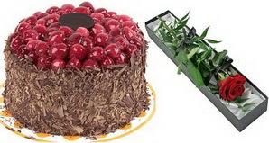 1 adet yas pasta ve 1 adet kutu gül  Bursa çiçek yollama çiçek satışı