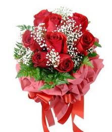 9 adet en kaliteli gülden kirmizi buket  Bursa online çiçek siparişi