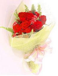 9 adet kirmizi gül buketi  Bursa online çiçekçi
