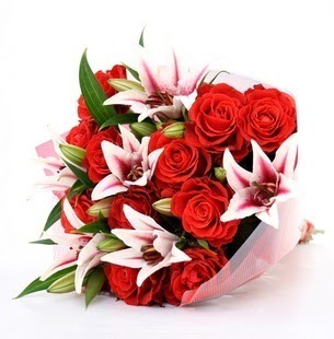 Bursa çiçek siparişi  3 dal kazablanka ve 11 adet kırmızı gül