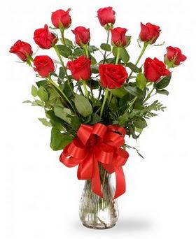 Bursa çiçek gönderimi  12 adet kırmızı güllerden vazo tanzimi