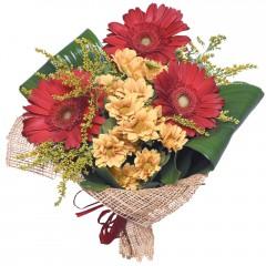karışık mevsim buketi  Bursaya çiçek siparişi