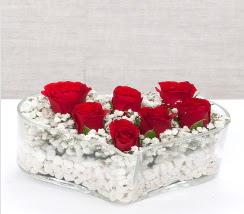 kalp içerisinde 7 adet kırmızı gül  Bursa çiçek siparişi