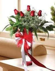 Camda 5 kırmızı gül tanzimi  Bursaya çiçek yolla