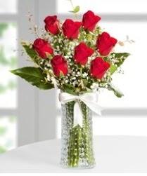 7 Adet vazoda kırmızı gül sevgiliye özel  Bursa çiçekçisi hediye çiçek yolla