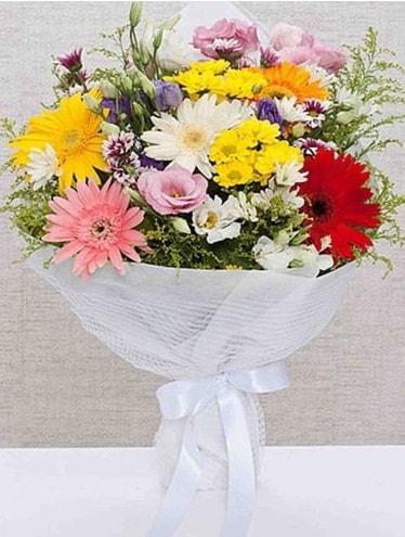 Karışık Mevsim Buketleri  Bursadaki çiçekçi firmaları