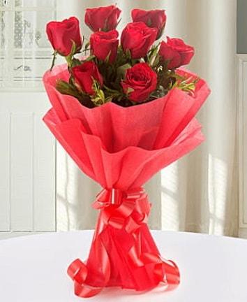 9 adet kırmızı gülden modern buket  Bursa çiçek çiçekçi